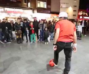 Incredibili abilità calcistiche di strada