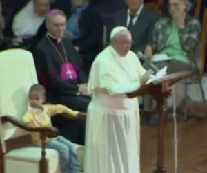 Papa Francesco e il bambino
