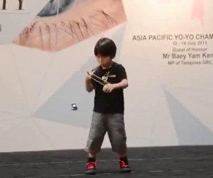 Piccolo prodigio dello yo-yo