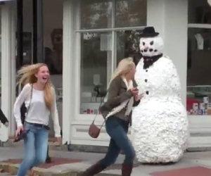 Pupazzo di neve prende vita