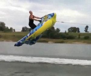 Come in Russia fanno sci d'acqua
