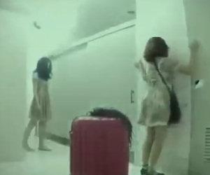 Terribili zombie in bagno