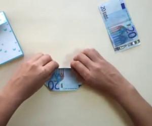 Inizia piegando una banconota e realizza un'idea regalo originalissima