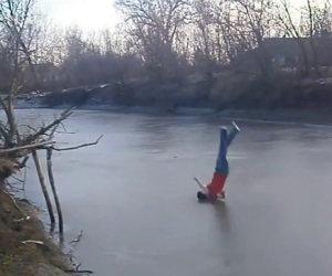 Si tuffa nel fiume ghiacciato ma commette un grosso errore