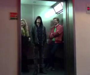 Star Wars sull'ascensore, lo scherzo