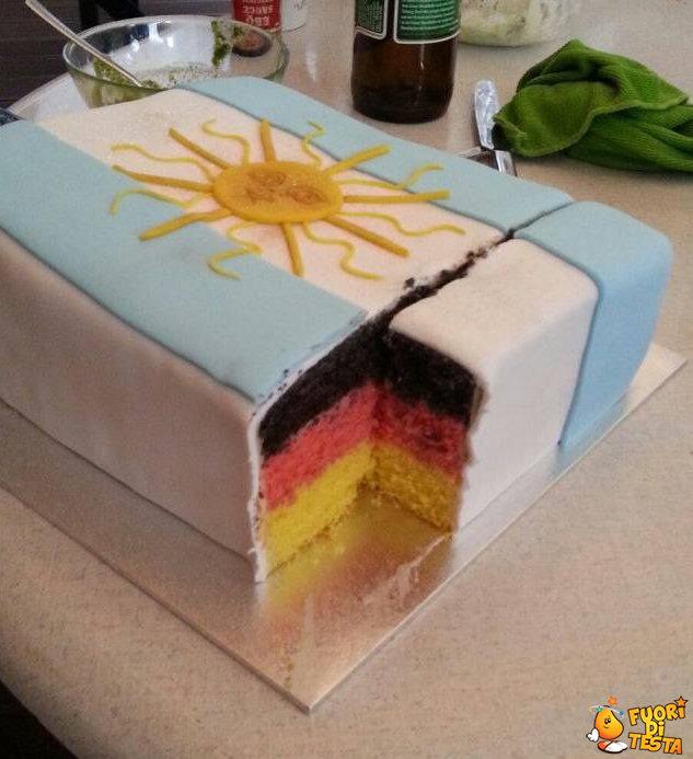 Una torta crudele
