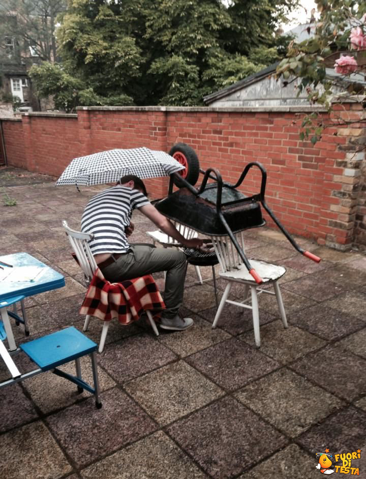 Barbecue sotto la pioggia