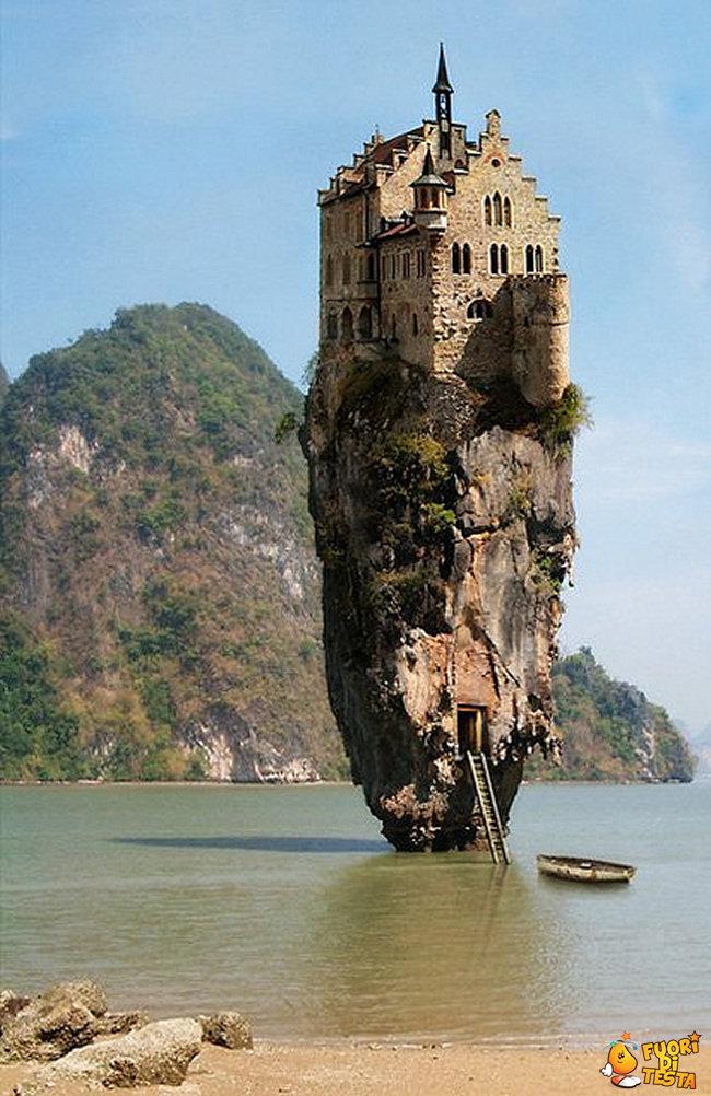 La Casa Nella Roccia.La Casa Sulla Roccia Immagini Divertenti
