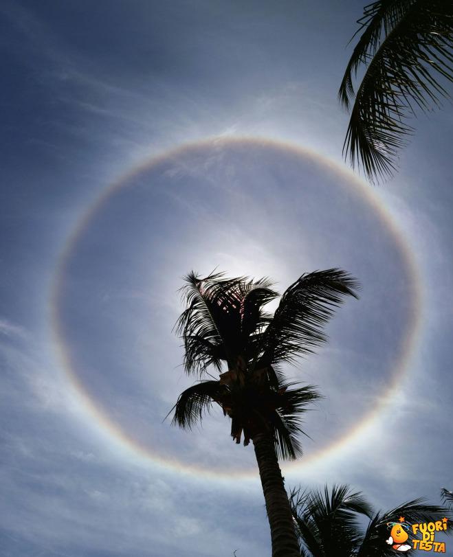 Arcobaleno a 360 gradi