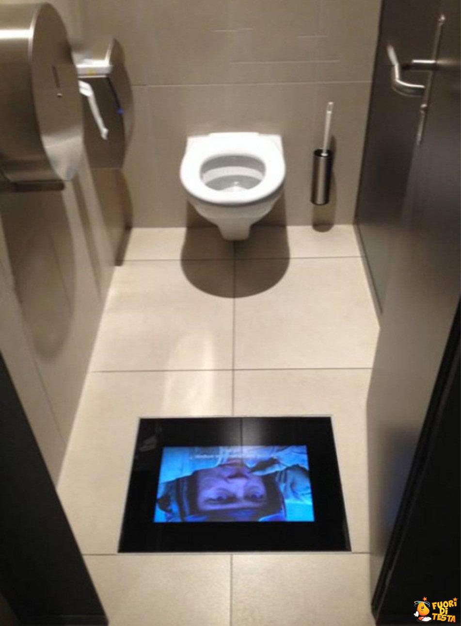Non annoiarsi in bagno