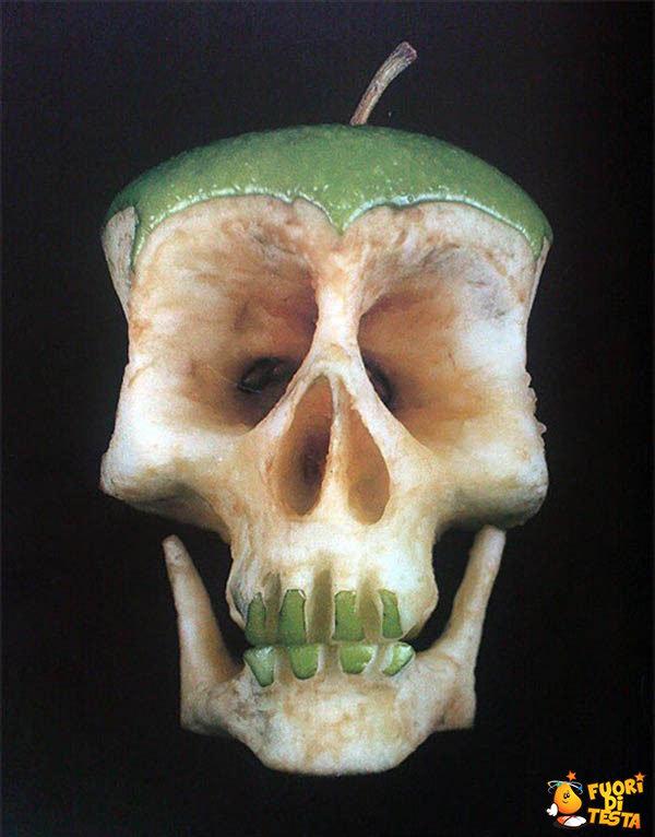 Si tratta di una semplice mela