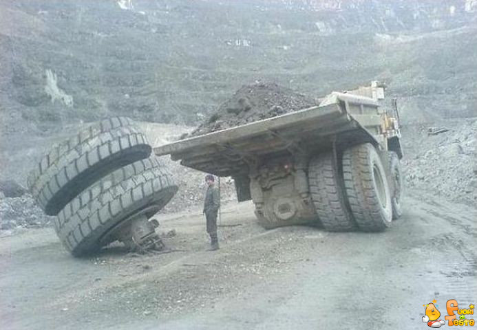 Un attimo che cambio la ruota
