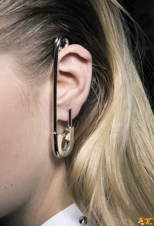 Un orecchino insolito