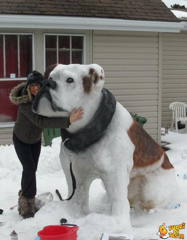 Uno strano pupazzo di neve