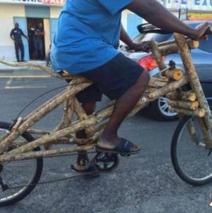 Bicicletta di legno