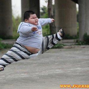 Bimbo atletico
