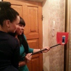 In mancanza di un selfie stick