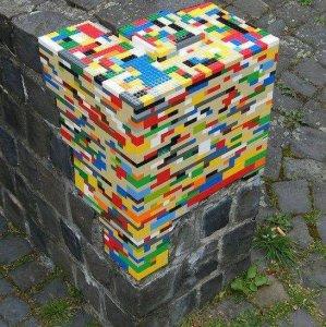 Riparare un muro coi lego