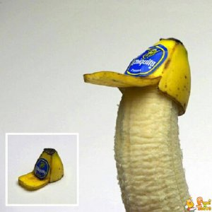 Una banana col cappello