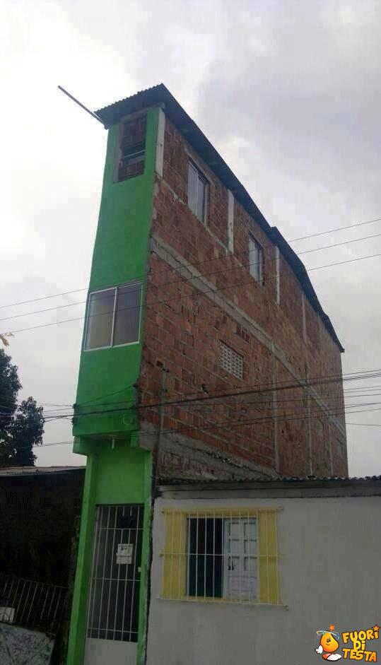 Una casa piena di stanze