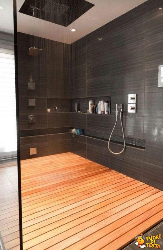 Una doccia enorme