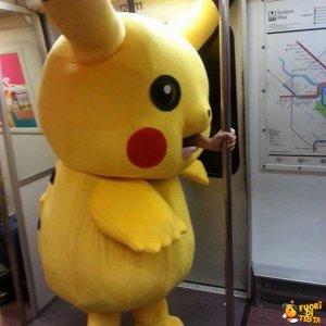 Pikachu in metropolitana