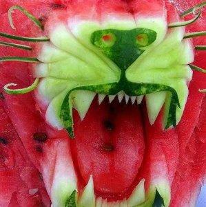 Scultura con l'anguria