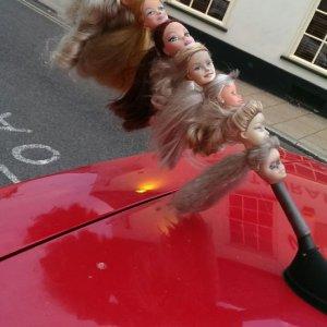 Strana antenna sull'auto