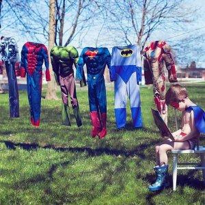 Supereroe lava i vestiti
