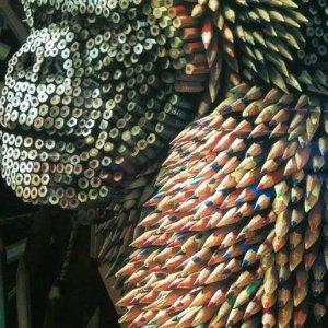 Un gorilla realizzato con le matite
