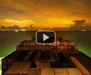 Il bellissimo timelapse della nave cargo che viaggia intorno al mondo